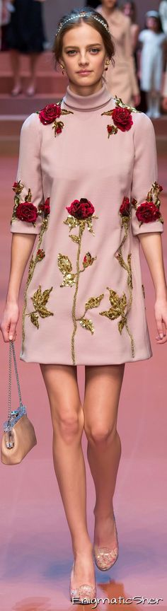 Dolce & Gabbana Collections Fall Winter 2015-16