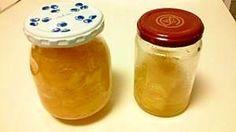 「簡単に作れる手作りパイナップルジャム」パイナップルを刻んでる間に、保存用の瓶を煮沸消毒しておくと効率がいいですよ。【楽天レシピ】