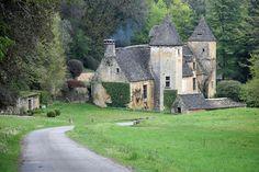 Saint-Crépin-et-Carlucet , Dordogne, France  (by Yvan LEMEUR)