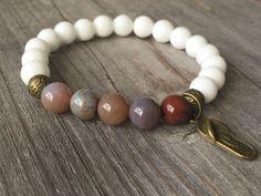 Gemstone bracelet, stretch stacking bracelet, Bohemian beaded bracelet, Flip flop bracelet, woman jewelery, summer bracelet, woman gift door KennlyDesign op Etsy