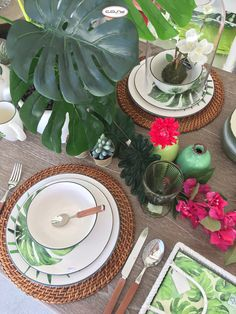 Spring 2017 Cosy Decor, Lisbon, Table Decorations, Spring, Design, Artificial Plants, Child Room, Drawing Room Interior, Design Comics