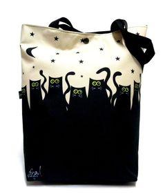 Torba XXL z kotami:) / cats, cats . Handmade Handbags, Handmade Bags, Tote Handbags, Purses And Handbags, Diy Bags Patterns, Animal Bag, Patchwork Bags, Fabric Bags, Cheap Bags