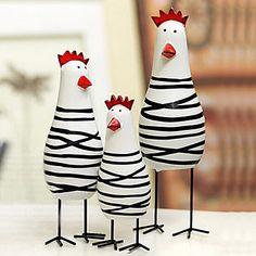 un conjunto de 3 Pascua novedad de pollo pintado familia, madera 2666953 2016 –…