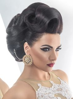 Bridal Gallery :: Khush Mag - Asian wedding magazine for every bride and groom planning their Big Day Elegant Hairstyles, Bride Hairstyles, Vintage Hairstyles, Headband Hairstyles, Pageant Hair, Bridal Gallery, Special Occasion Hairstyles, Natural Hair Styles, Long Hair Styles