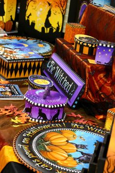 Ghoultide Gathering Goodies by Carolee Clark - I love her wonderful work. Halloween Art Projects, Halloween 2, Halloween Pictures, Holidays Halloween, Halloween Decorations, Whimsical Halloween, Vintage Halloween, Food Artists, Tole Painting