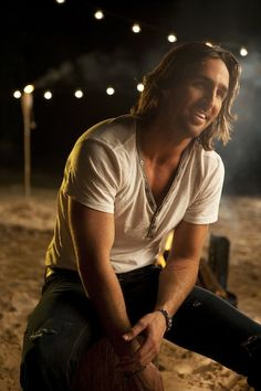 Jake Owen. This guy is hilarious! I love following him on twitter & instagram. always a good laugh