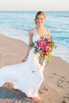 Captiva_Island_Wedding_Tween_Waters_Inn_Florida_Destination_Photographer_Beach_Sarah_Mark-41.jpg