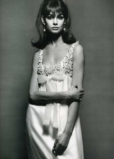 Jean Shrimpton In Vogue, December 1964. Dress: Nina Ricci.