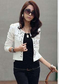 Ozdobny elementami biały sweterek bolerko | ESTERA