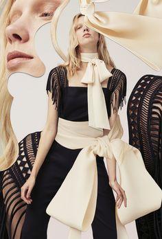 Pablo Thecuadro's Mastery of Fashion Photo Collages – fashion editorial layout Foto Fashion, Fashion 2020, Runway Fashion, Fashion Outfits, Stylish Outfits, Fashion Artwork, Fashion Collage, Style Photoshoot, Moleskine