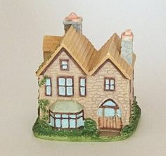 LENOX PRINCETON GALLERY-ENGLISH COUNTRY COTTAGE-THE SQUIRE'S HOUSE