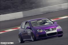 Attention grabber - Great picture of this Purple .:R32 puttin down a lap or two!