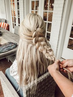 The Wiegands: Hair Tutorial: Loose Inside Out Braid | Whether you're having lunch with friends, or loading up the kids for a trip to Target, taking a little time to create something pretty is an easy way to practice self care and feel our best wherever we are! #braid #hair #beauty #caseywiegand #thewiegands