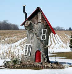 Gnome home...could do thid to the dead tree in front yard....gotta get it hacked down so   i'll be left with a good stump