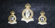 4th Queen's Own Hussars KC cap and collar badges