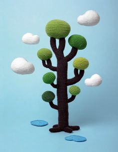 This is simply stunning.  Crocheted Tree by Klas Ernflo Found via TheKnittedJungleCollective