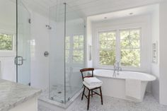 Beautifully clean bathroom design.