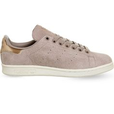 Adidas Stan smith metallic trainers ($74) ❤ liked on Polyvore featuring shoes, sneakers, laced sneakers, adidas, adidas trainers, metallic lace up shoes and rubber sole shoes