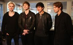 My loves :)<<< yea haha remember when aSHTON STILL HAD HAIR AND THE FANDOM WASNT GOING INSANE OVER IT