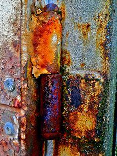 Texture scouting - trust the rust by MizzieMorawez, via Flickr
