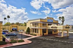 Celebration Suites is located in Kissimmee, FL and is less than two miles