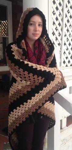 Crochet PATTERN - Hooded blanket, granny square hooded blanket, afghan blanket�