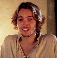 Hi Toby Regbo — gwendoline-christies: Dauphin Francis 'so. Reign Cast, Reign Tv Show, Mary Queen Of Scots, Queen Mary, Toby Regbo Reign, François Ii, Reign Mary And Francis, Marie Stuart, Yennefer Of Vengerberg