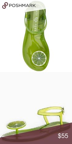 7ec5fd5b823 Katy Perry LIME The JELLY SANDALS SZ 8 Fruity twist to fun casual style in  the pop of color and fresh design of these Jelly beach sandals from Katy  Perry.