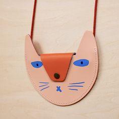 Brustbeutel Katze lachs - HeimatKinder Shop Cat Purse, Shops, School Decorations, School Fashion, Back To School, Clock, Make It Yourself, Purses, Fun