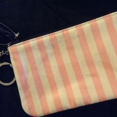 VS wristlet Brandnew PINK Victoria's Secret Bags Clutches & Wristlets