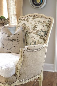 Click the link to read more on french country decor - You must require time and placed together a financial budget before buying new furnishings for your house. You can save money by looking for sales at furniture sales. French Country Rug, French Country Bedrooms, French Cottage, French Country Decorating, Country Farmhouse, French Style, Farmhouse Decor, Country Chic, French Living Rooms