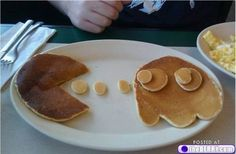 Its all food play (23 photos)