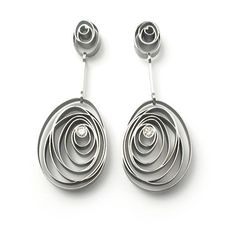 Digital 02 earrings by Stefania Lucchetta, 2008; stellite, white gold, diamond.