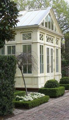 So pretty ~ now I'd love to go inside!