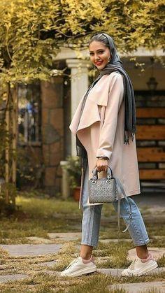 Iranian women despite the strict dress code and mandatory hijab Winter Fashion Outfits, Women's Summer Fashion, Fashion 2020, Women's Fashion Dresses, 80s Womens Fashion, Iranian Women Fashion, Iran Girls, Persian Girls, Persian People
