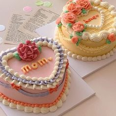 Pretty Birthday Cakes, Pretty Cakes, Beautiful Cakes, Amazing Cakes, Funny Birthday Cakes, Cake Birthday, Korean Cake, Cute Baking, Caking It Up