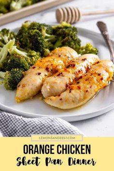Juicy, sweet and sticky chicken with crispy broccoli make this Baked Orange Chicken Sheet Pan Dinner a simple favorite for everyone. Less mess and a healthy, hearty meal for the family! Parmesan Crusted Steak, Baked Orange Chicken, Baked Chicken, Cooking Recipes, Healthy Recipes, Healthy Dishes, Cooking Stuff, Protein Recipes, Gourmet Recipes