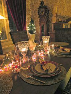 Kattaus - Ruokapankki Table Settings, Table Decorations, Furniture, Home Decor, Homemade Home Decor, Table Top Decorations, Place Settings, Home Furnishings, Decoration Home
