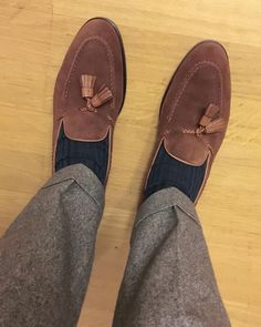 Tassel loafers by @carminashoemaker in action!  Equipped with Tomir rubber soles they should be great year round. . . . . . #sotd #shoeporn #carminashoemaker #suede #tassel #loafers #mensshoes #menswear #mensfashion #menstyle #fashion #class #style #instashoes #shoestagram