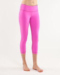 Want!!! Pink Lululemon wunder unders!