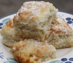 Southern Art and Bourbon Bar, Buckhead - amazing biscuits