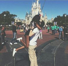 Imagem de love, couple, and disney