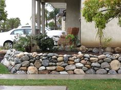 Outdoor River Rock Retaining wall 70ft
