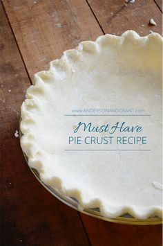 How to Make the Best Pie Crust Recipe with Butter How are your pie crust making skills? This is what I consider a must have recipe along with some great tips for getting your pastry to turn . Best Pie Crust Recipe With Butter, Butter Recipe, Martha Stewart Pie Crust Recipe, Butter Crust, Butter Pie, Homemade Pie Crusts, Pie Crust Recipes, Quiche Crust Recipe, Pastry Crust Recipe