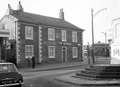 Skyrack in 1972 Leeds Pubs, Welcome To Yorkshire, Industrial Architecture, My Town, Old Pictures, Past, Street View, Urban, Explore