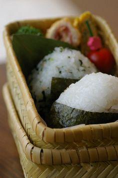 Traditional bento(Rice Ball)