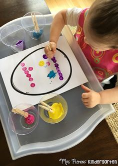 Mrs. Plemons' Kindergarten is dedicated to fresh, engaging, and fun teaching ideas for toddlers, preschoolers, and the K-2 grade classroom.