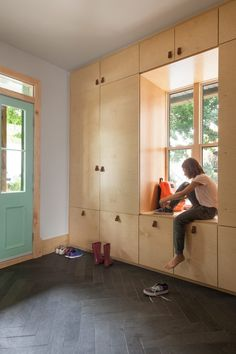 Mélissa Ohnona preserves nicks and scratches in revamp of Montreal home