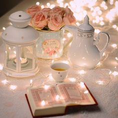 Here I am sharing free Ramadan Kareem images for you as gift of ramadan Kareem. I hope you like this mega collection of ramadan images Quran Wallpaper, Islamic Wallpaper, Wallpaper Quotes, Iphone Wallpaper, Coran Quotes, Decoraciones Ramadan, Ramadhan Quotes, Mubarak Ramadan, Ramadan Dp