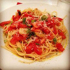 Looks good - tastes better #dinner #dinnertime #pasta #spaghetti #tomatoes #prawns #parmesan #tastyfood #tasty #healthyfood #healthy #healthyeating #selfmade #foodblogger #wachna87 #onepicaday  Yummery - best recipes. Follow Us! #tastyfood